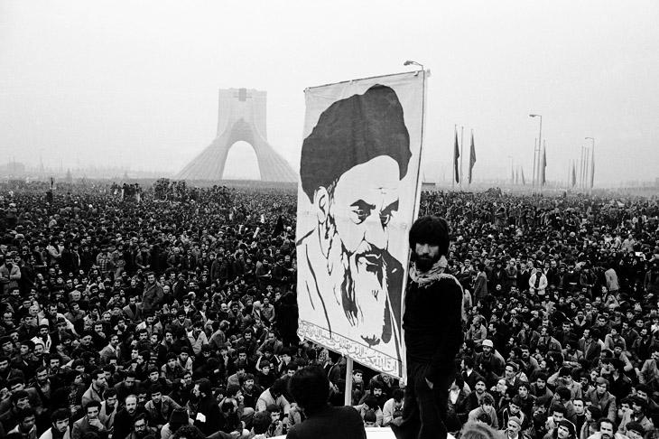 СССР готовил вторжение в Иран после захвата посольства США в Тегеране?