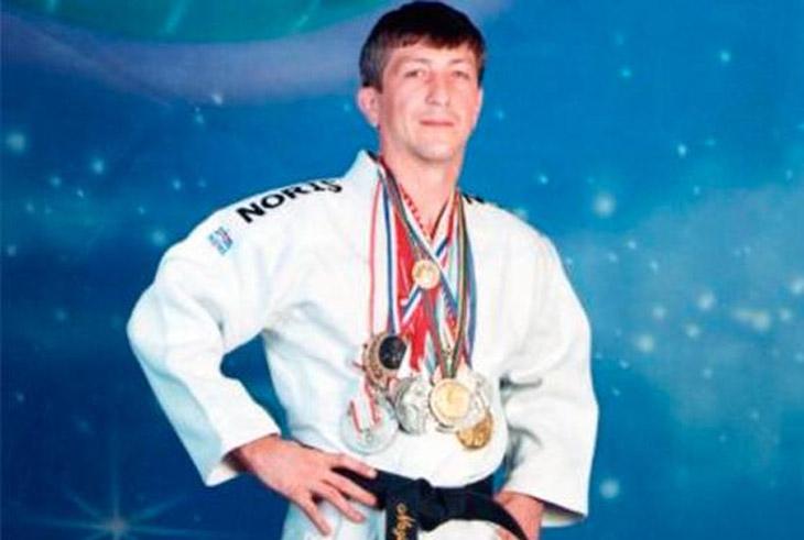 Назим Гусейнов - первое олимпийское золото независимого Азербайджана