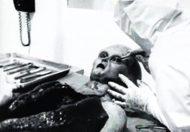 alien-roswell-incident-1947