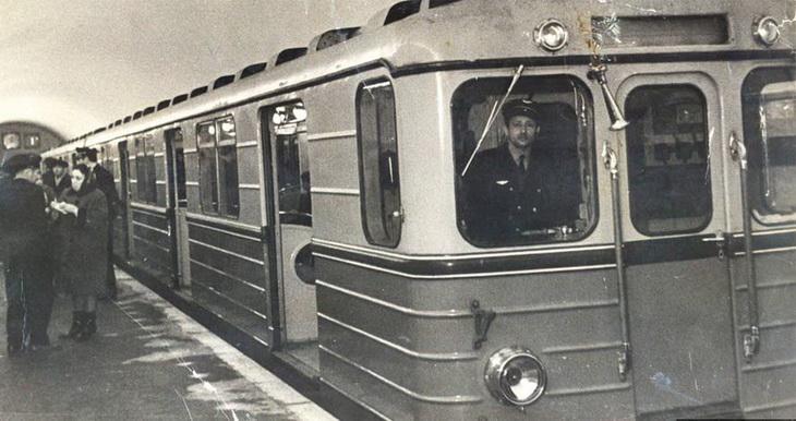 1967-1968-bak-metro