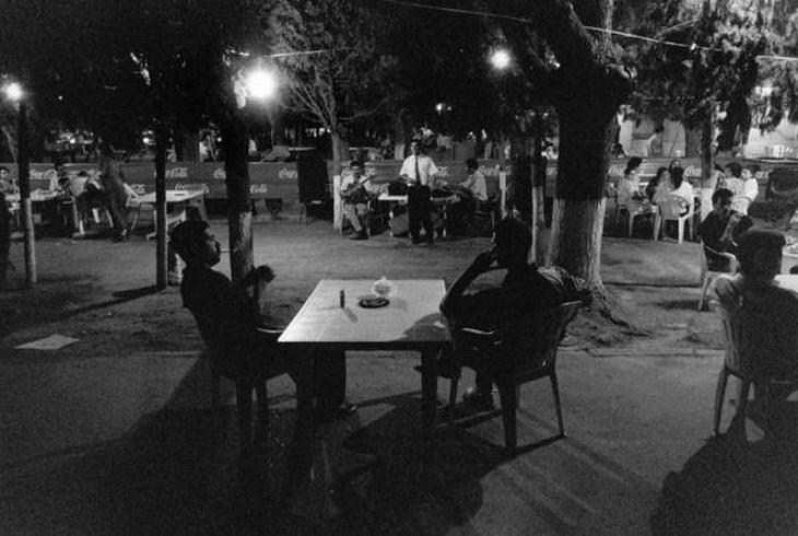 Бакинская чайхана, 1990-е годы