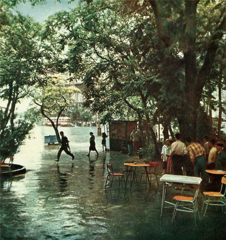 Баку, чайхана у Азнефти, 1960 год