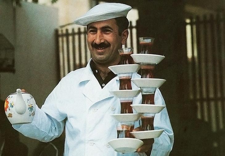 Ленкорань, разносчик чая, 1976 год