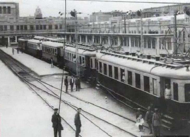 1930-е. Баку, электричка.