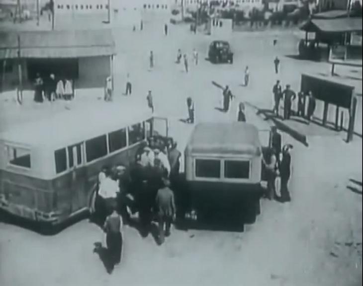 1930-е. Площадь перед жд станцией в Сабунчах