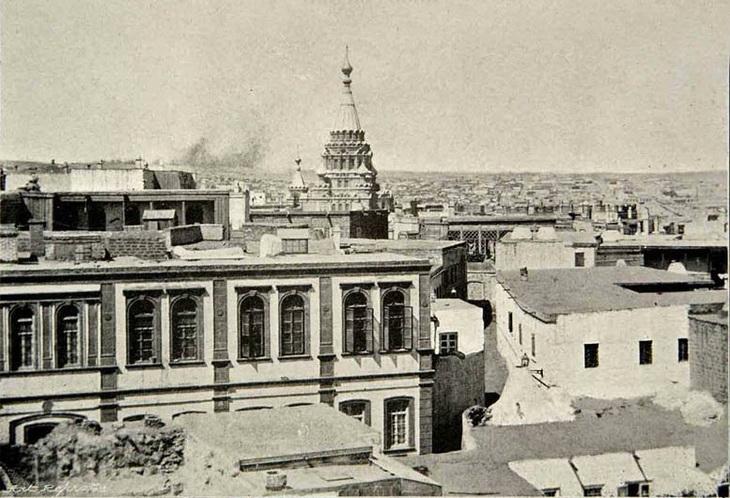 Вид на собор из Ичери-Шехер, 1898 год
