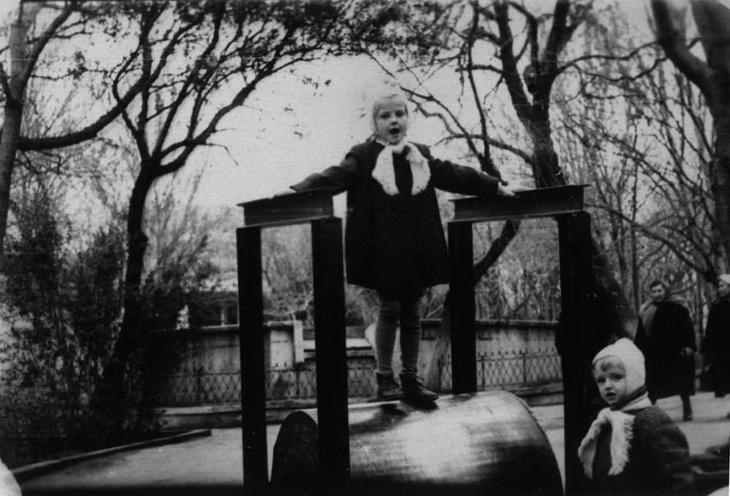 Фото 1959 года. Советские аттракционы