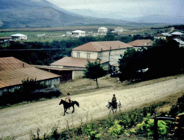 Города и районы Карабаха в 1988 году (22 ФОТО)