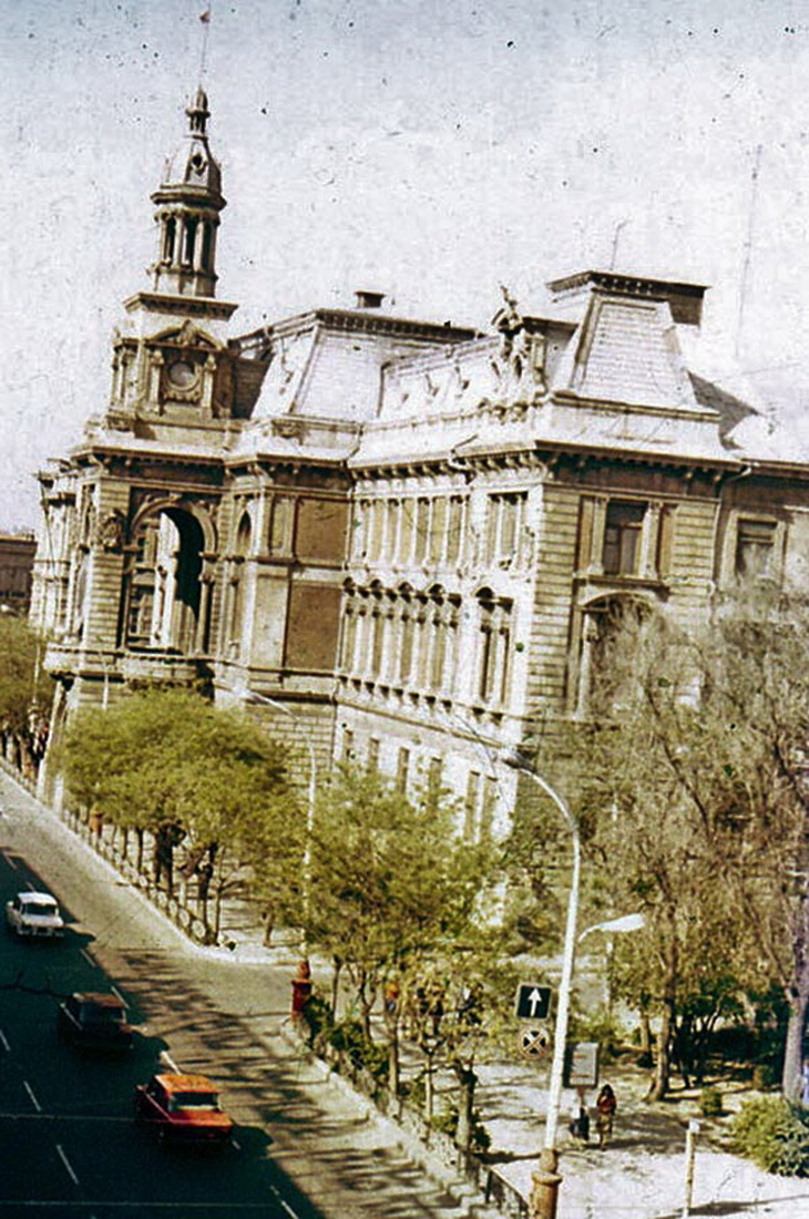 Здание Городского совета народных депутатов.